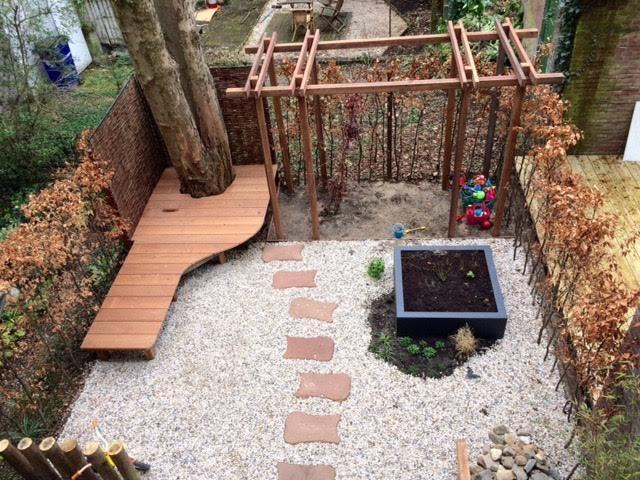 Tuin met speelplek 1